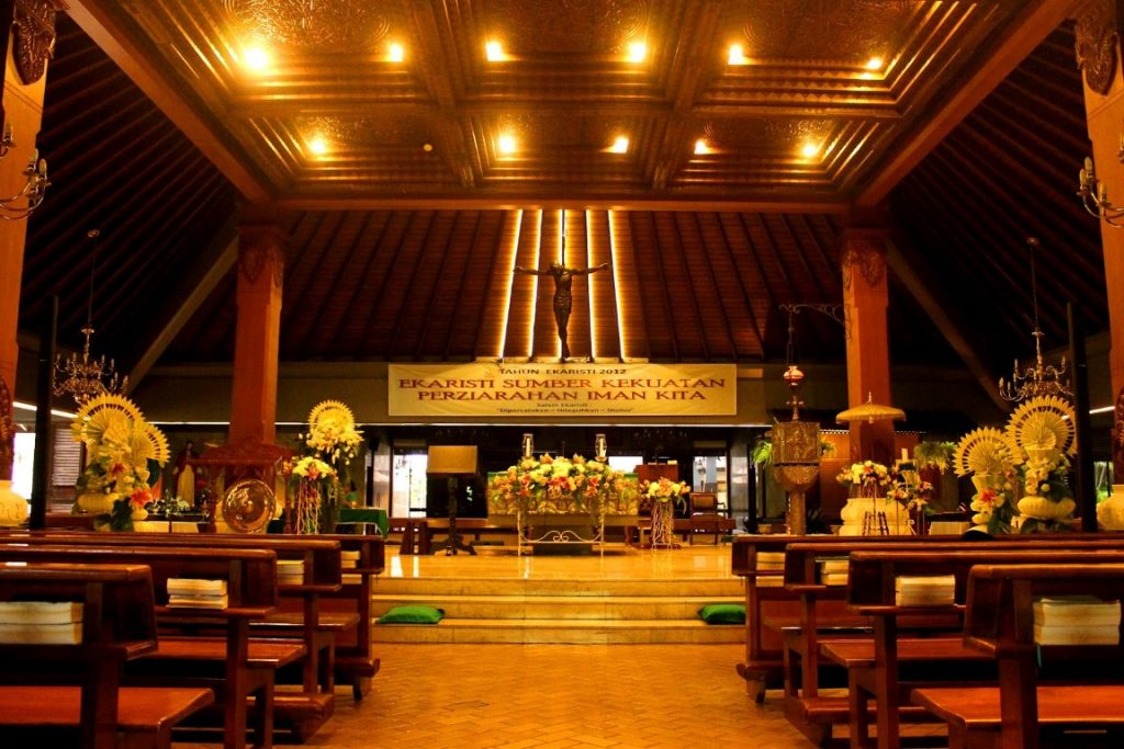 Gereja Stefanus (Medium)